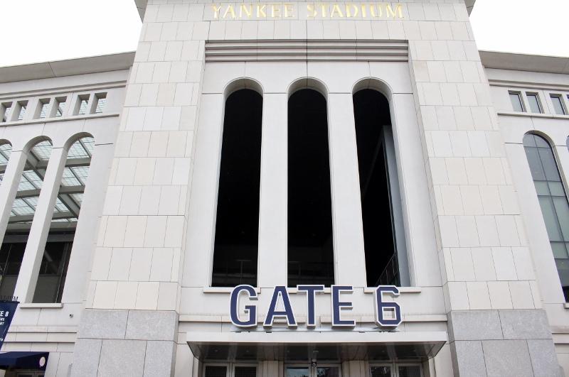 Gray-Line-New-York-Bronx-Tour-Yankee-Stadium-3_800x531.jpg