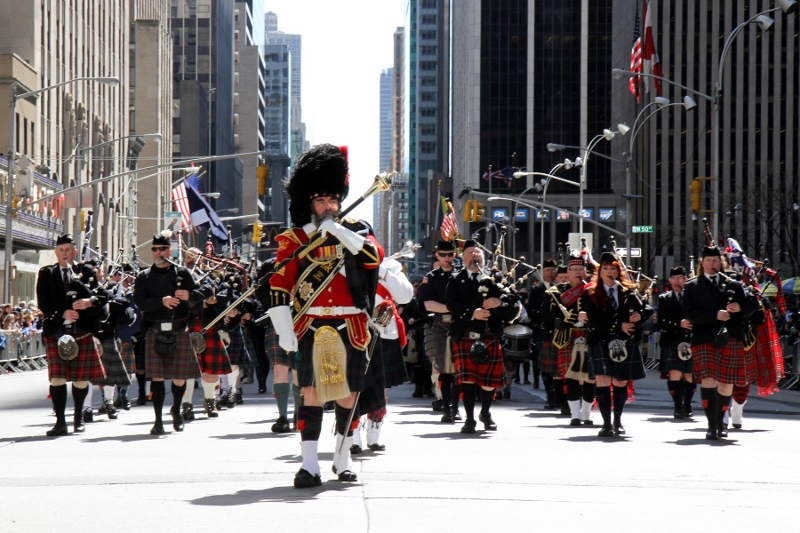Tartan-Day-Parade-Band_800x533.jpg