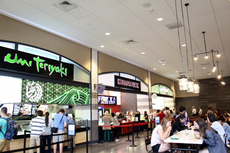 Woodbury-Common-Premium-Outlets-Food-Court_800x533.jpg