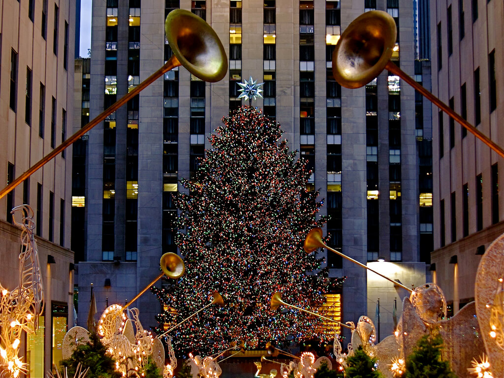 rockerfeller christmas tree new york cityjpg - New York Christmas Decorations