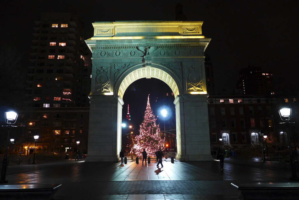 washington-square-park-carolling.jpg