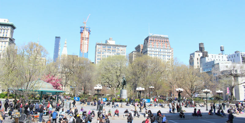 Gray-Line-CitySightseeing-New-York-Downtown-Tour-_Union-Square-1-_resized.jpg