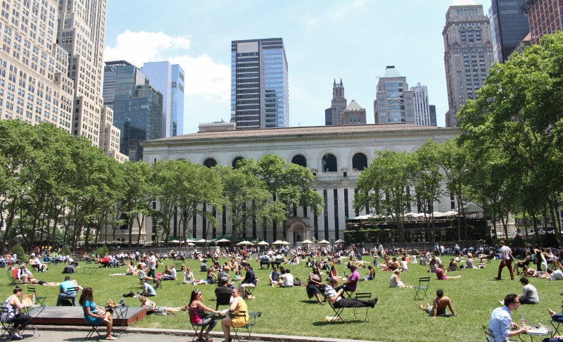 Gray-Line-New-York-Bryant-park800x486.jpg