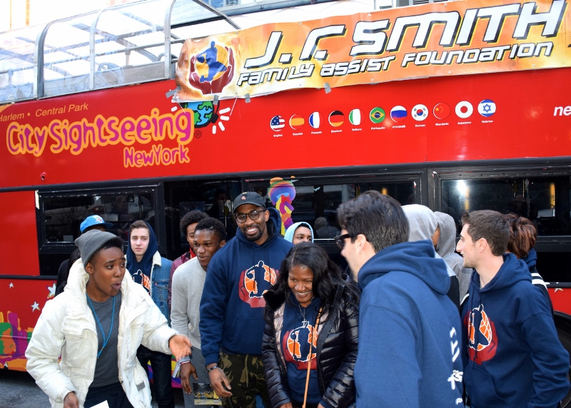 J.R.-Smith-Youth-Foundation-Visits-Covenant-House.jpg